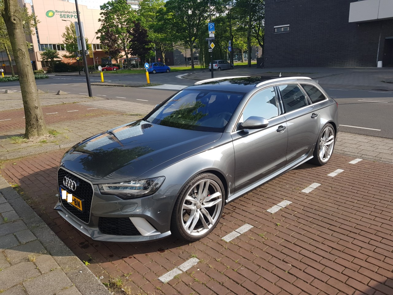 Expatcars24 Expat Cd Bn Plated Cars For Sale In The Netherlands